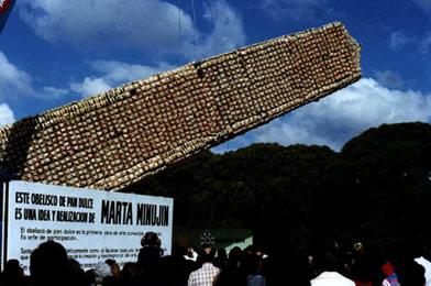 Obelisco de pan dulce, de Marta Minujin
